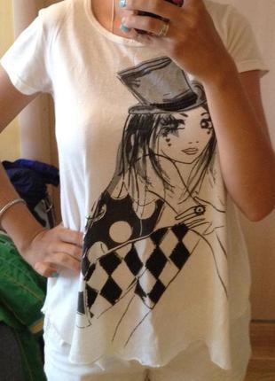 Крутая футболка с рисунком паетками