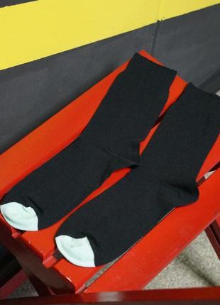 Черные носки неоновая вставка