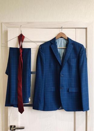 Темно-синий классический мужской костюм в клетку mario companione размер m