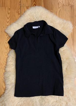 Чёрная футболка поло yessica