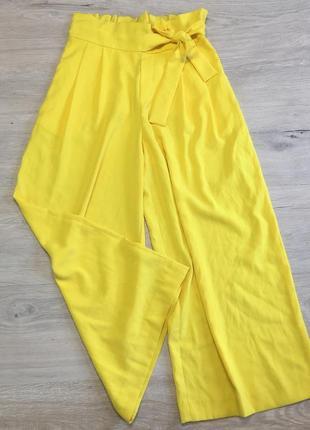 Желтые кюлоты zara