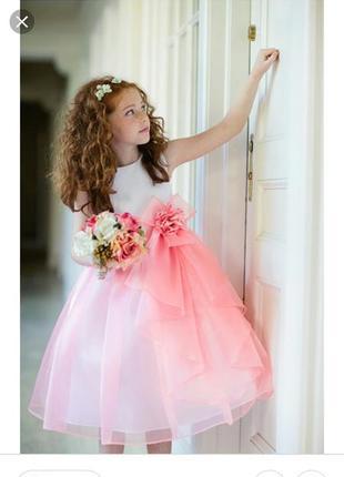 Нарядное платье на 6-7лет на корсете!
