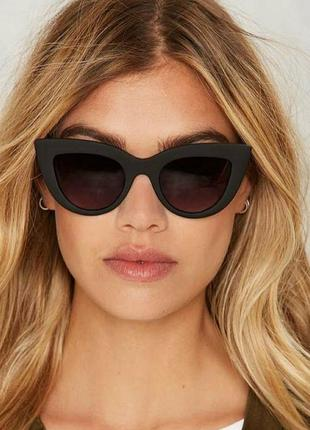 Скидка!новые,стильные,модные,тренд,солнцезащитные очки,ретро,черные лисички матовые