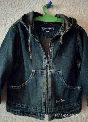 Джинсовый пиджак,куртка р.26.