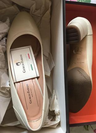 Giorgio fabiani удобные кож туфельки цвета песка 38 р