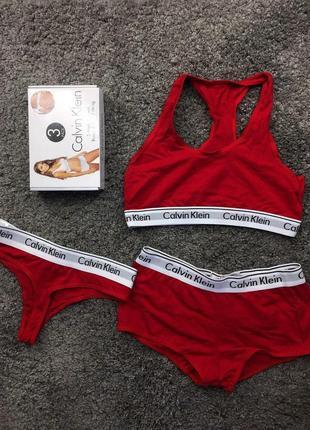 Комплект белья calvin klein красный женский тройка топ стринги шорты