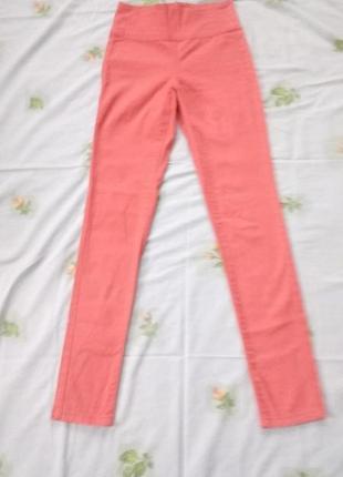 Классные  джинсы- скинни  pieces на девушку 14-15 лет рост 160-165 см.