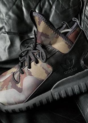 Камуфляжные, кроссовки adidas tabular x