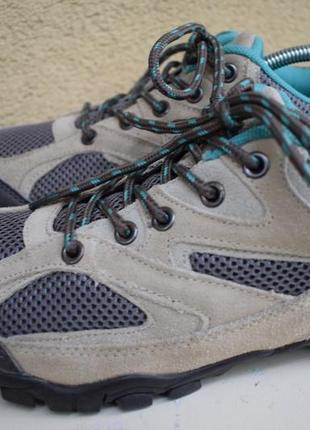 Замшевые треккинговые кроссовки