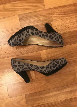 Туфли в леопардовый принт peter kaiser7 фото