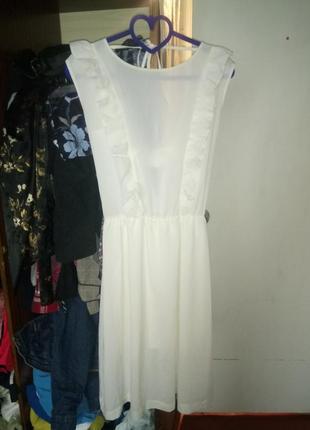 Летнее лёгкое платье с рюшами воланами