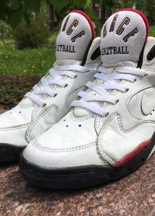 c538f0f8 Женские высокие кроссовки Nike (Найк) 2019 - купить недорого вещи в ...