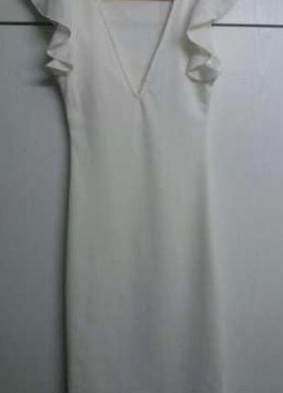Платье молочного цвета