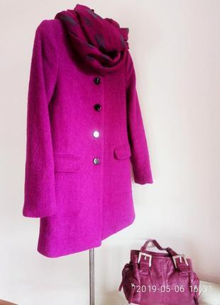 """Бомбезное яркое пальто """"h&m""""/ 38 p."""