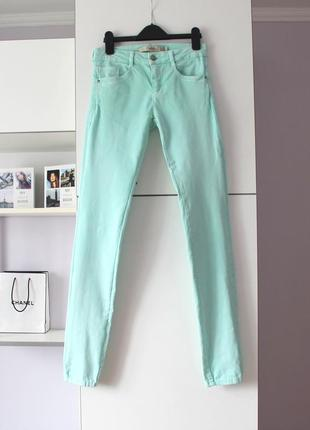 Бирюзовые джинсы от zara