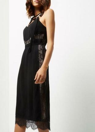 Крутое миди платье с кружевом от river island
