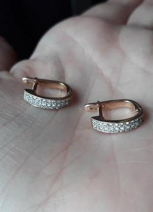 Золотые серьги с бриллиантами3 фото