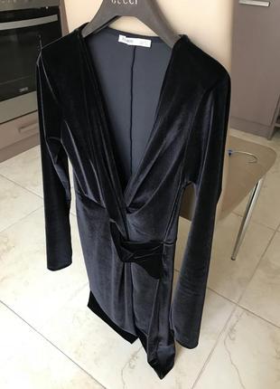 Шикарное бархатное платье pull&bear оригинал