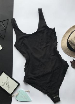 Шикарный чёрный боди с шнуровкой по бокам h&m