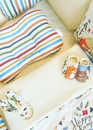 Постельный набор в кроватку , бортик в кроватку