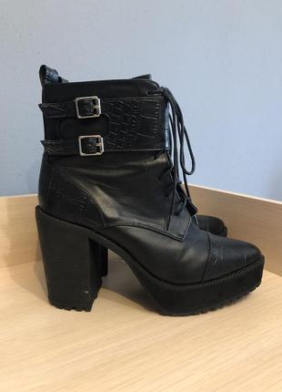 Полусапоги / ботинки h&m на каблуке