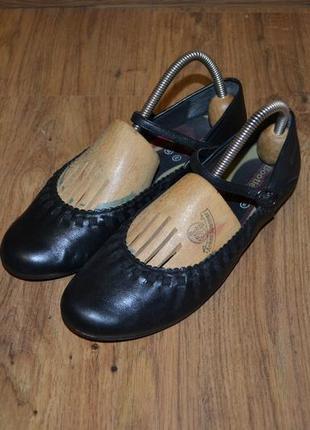 Туфли, балетки.  школьные туфли. р. 37 bootleg.