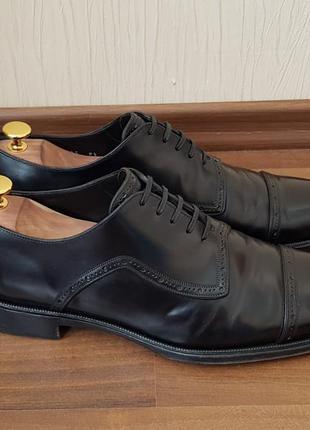 Мужские туфли dolce & gabbana  броги кожа 43.5р lloyd bally moreschi