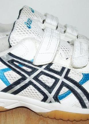 Отличные кроссовки асикс