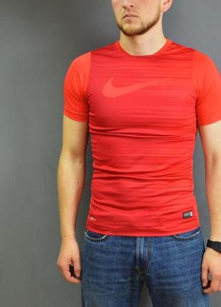 Футболка nike dri-fit t-shirt