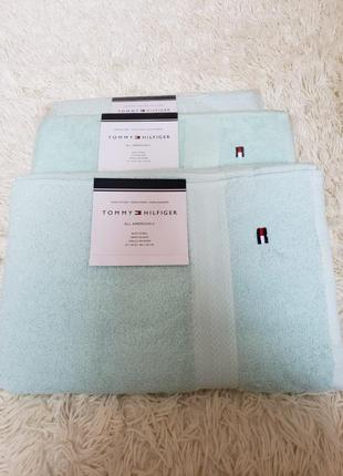 Большое полотенце tommy hilfiger. оригинал.банное,пляжное,хлопок,махровое,рушник
