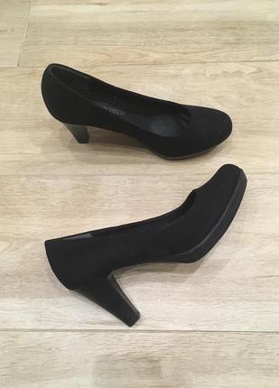 Класичні туфлі від marco tozzi!!!
