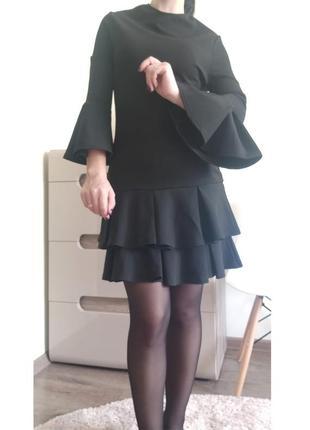 Платье с волнами от бренда boohoo s/36