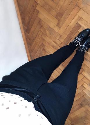 Класичні плотні чорні брюки штани