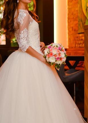 Свадебное платье {цвет айвори}