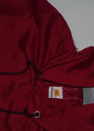 Продам стильный весенне/летний спортивный костюм/с коротенькой кофточкой4 фото