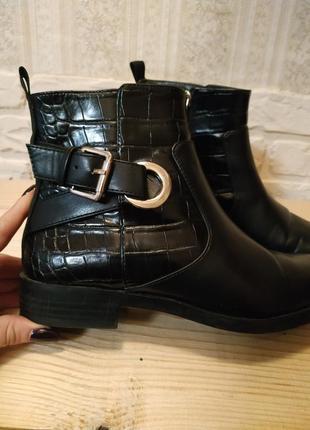Zara trafaluc шикарные ботиночки на низком каблуке
