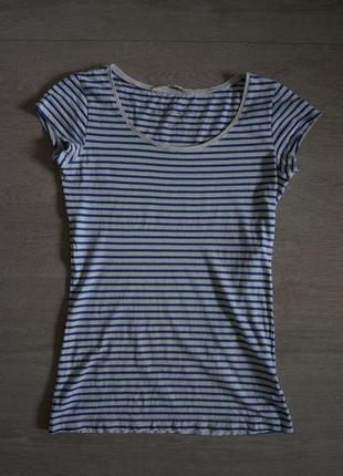 Продается стильная футболка в полоску от h&m