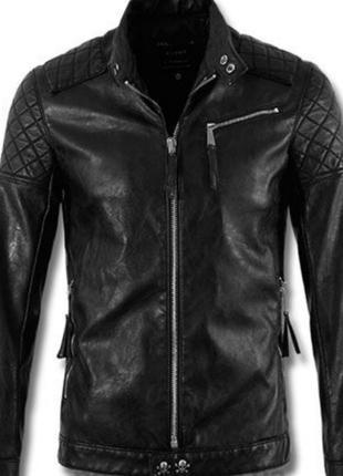 Черная кожаная куртка philipp plein