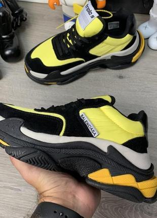 Женские кроссовки balenciaga triple s 2.0 black yellow
