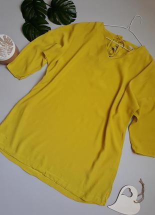 Яркая блуза туника с завязками на спине