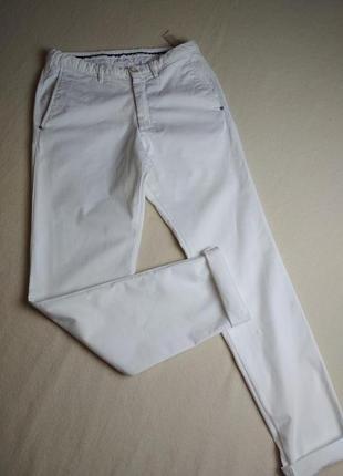 Актуальные стильные катоновые белые штаны,massimo dutti, p. м-l