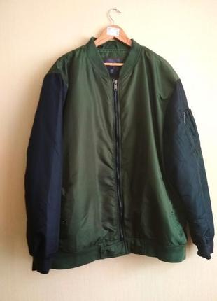 Крутезний бомпер, куртка, ветровка