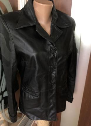 Кожаная брендовая оригинальная куртка vera pelle