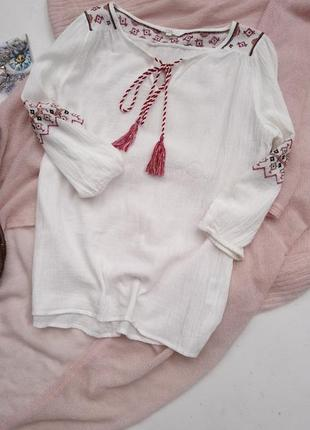 Рубашка с вышивкой р s