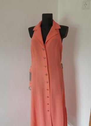 Платье -сарафан с оригинильной спинкой,