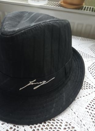 Шляпа чорна