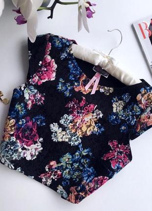 Стильная блуза-топ с крутым кроем, цветочный принт бренд new look! супер цены❗️👌🏽