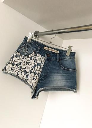 Короткие летние джинсовые шорты кружево вставка высокая посадка завышенная талия zara