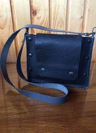 Нова шкіряна сумка , кросбоді, чорна