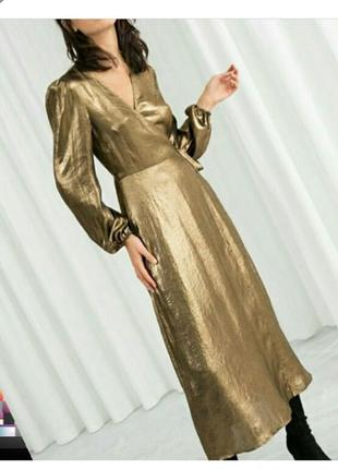 Золотое платье на запах хс
